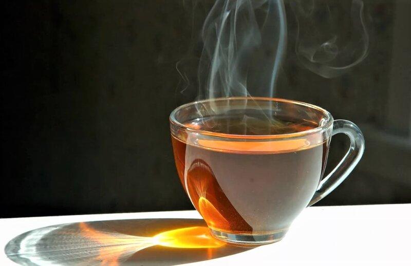 полезный чай в чашке