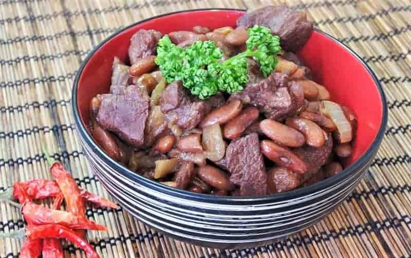 мясо с фасолью