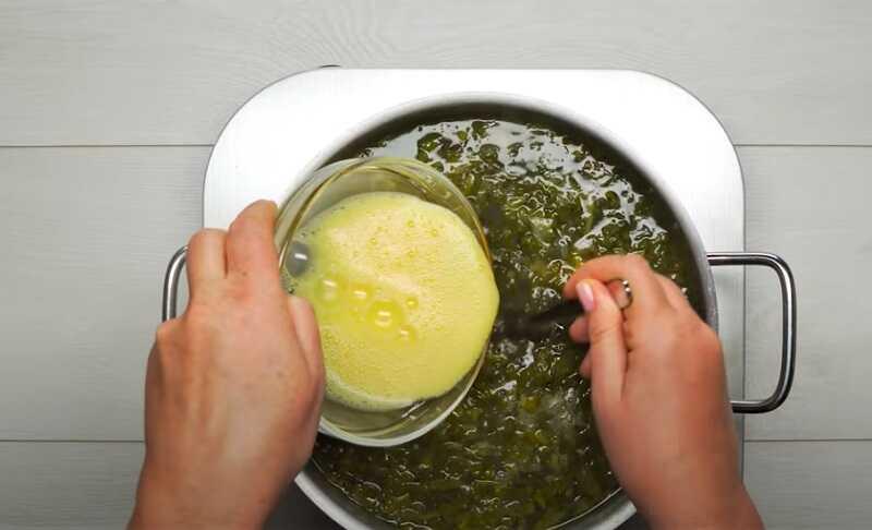 суп щавелевый с яйцом
