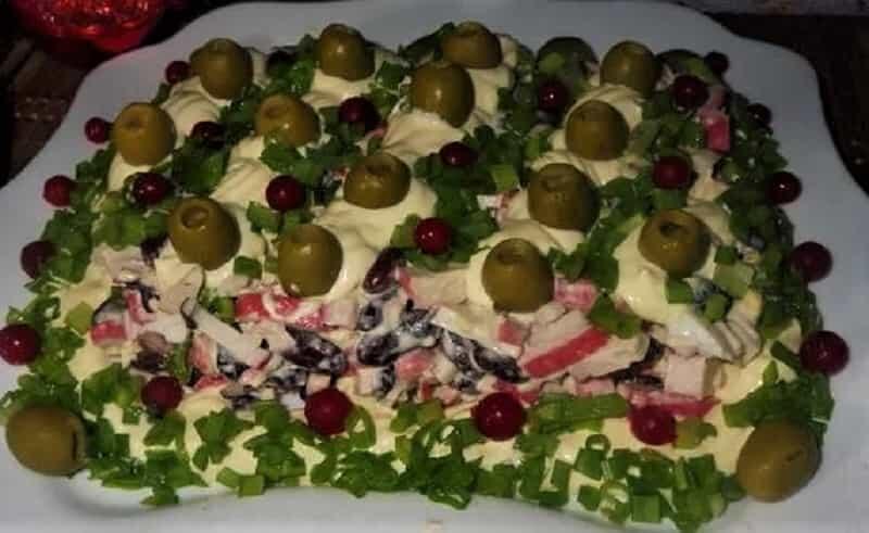 крабовые палочки в салате