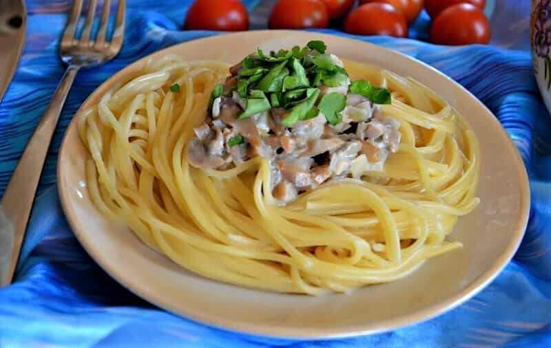грибной соус в спагетти