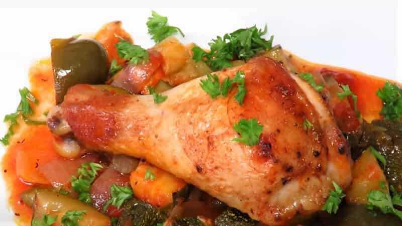 запеченная курица с кабачками