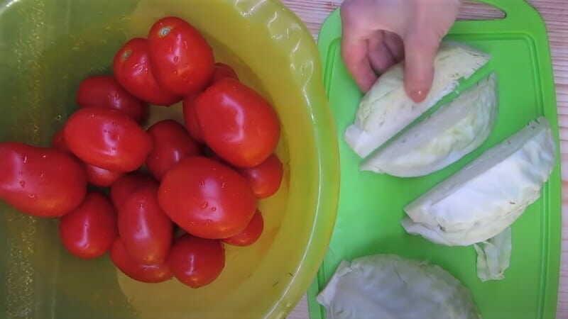 помидоры и капуста