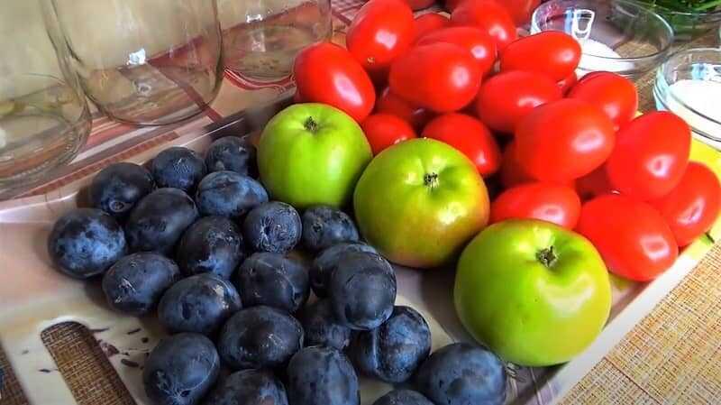 помидоры и фрукты
