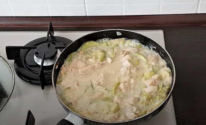 куриное блюдо с кабачками