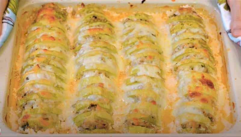 запеченное блюдо из кабачков
