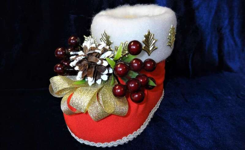 украшенный сапожок Деда Мороза