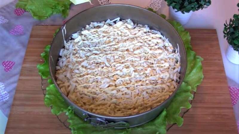 ровный слой салата