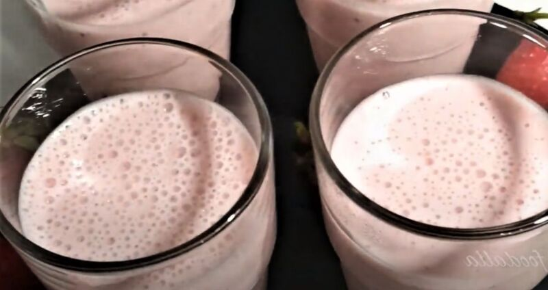 клубничный мусс в стаканах