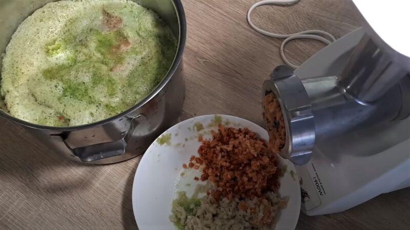 мясорубка с овощами