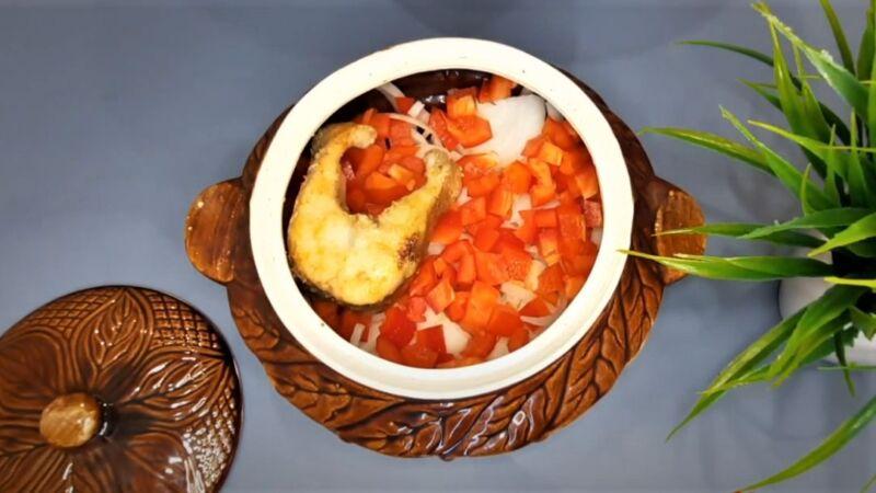 перец в духовке с рыбой